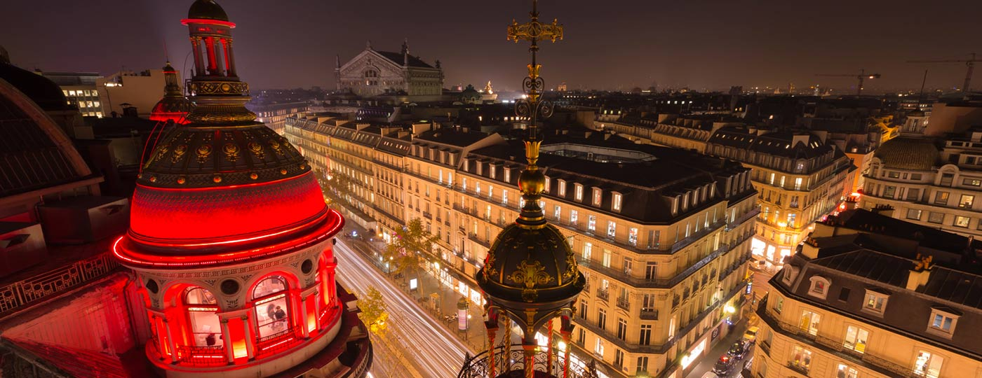 You'll be swept off your feet by the Parisian lifestyle in the area around your Opéra hotel.