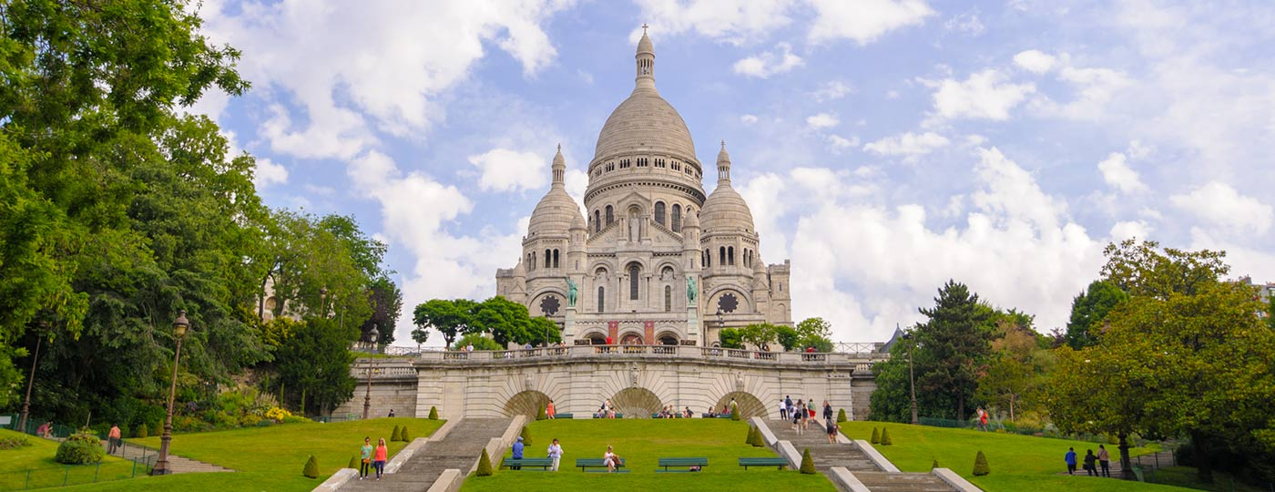 Charming walks from the doorstep of your Montmartre hotel