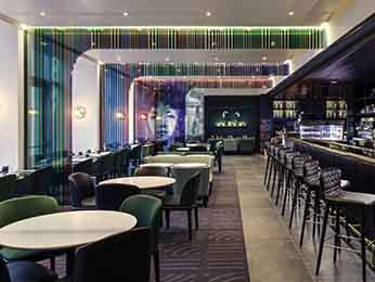 Restaurant caf and bar at the mercure paris porte de st cloud hotel hotel in boulogne billancourt - Mercure porte de st cloud ...